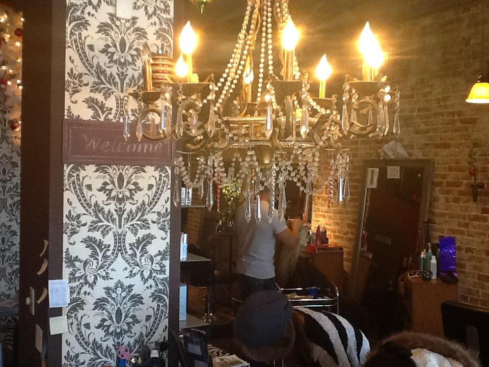 Inside flaunt salon